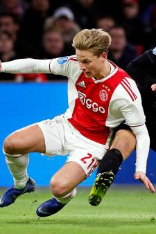 Barcelona betaalt recordbedrag voor De Jong, AC Milan wil Bergwijn