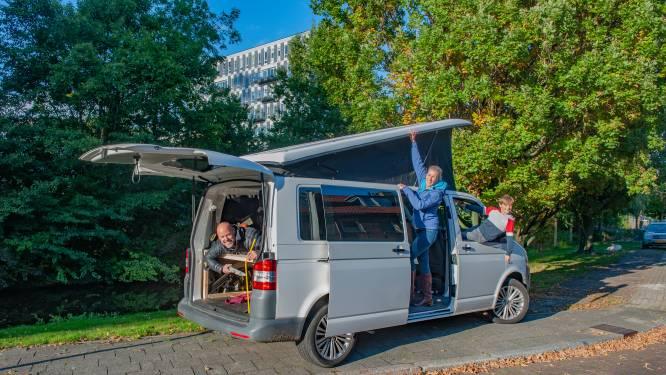 Frank en Susan kiezen met Volkswagen T5 voor comfort: 'Klaar is de bus nooit voor de perfectionist'