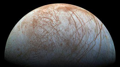 Leven mogelijk op maan 'Europa'? NASA kondigt nieuwe ontdekkingen aan