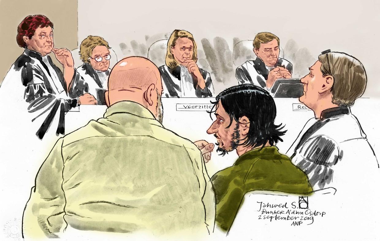 Rechtbanktekening van Jawed S., de verdachte van de terroristische aanslag vorig jaar op Amsterdam Centraal Station.  Beeld ANP