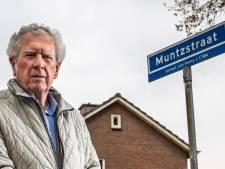 Henk Hofman stopt na tien jaar met bedenken van straatnamen in gemeente Raalte: 'Hofmanstraat in Heino? Lijkt me niet'