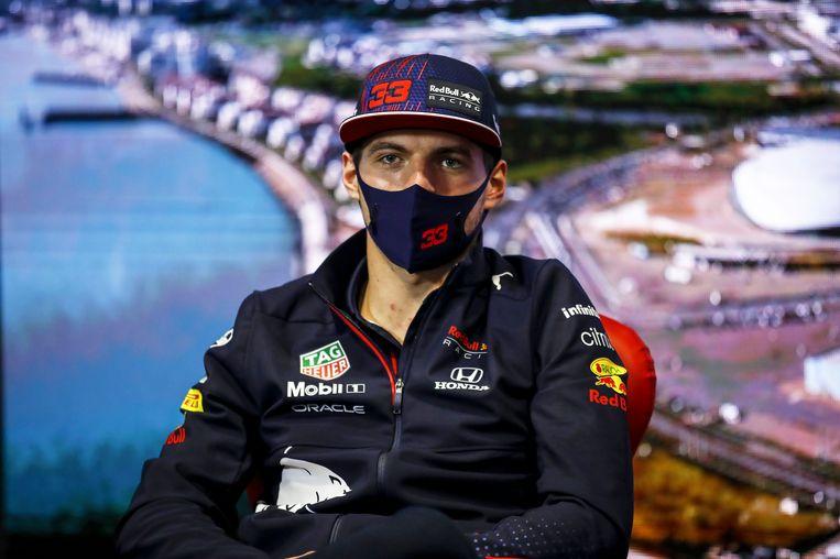 Max Verstappen kwam sarcastisch uit de hoek op de persconferentie. 'Ik kan er amper van slapen.' Beeld Photo News