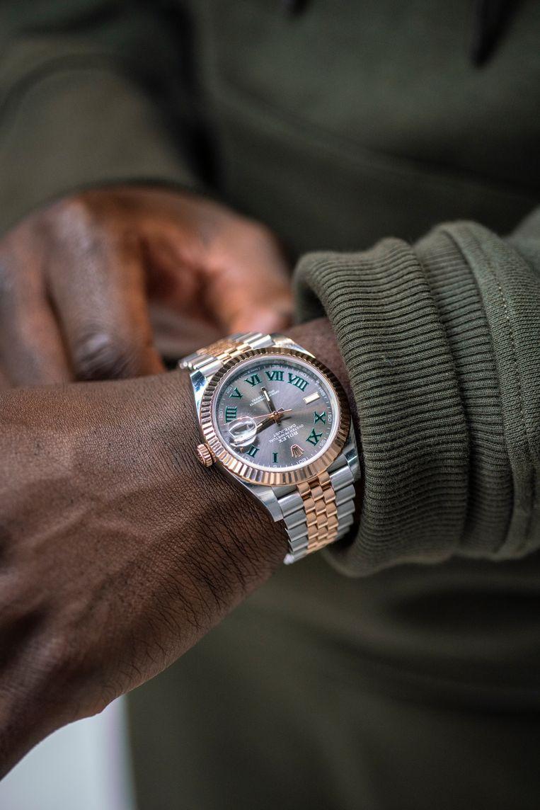'Vanaf dat ik in de rapwereld kwam, droomde ik van een Rolex.' Beeld Jordi Huisman