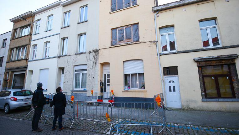 Het bewuste appartement in de Driesstraat in Vorst. Beeld BELGA