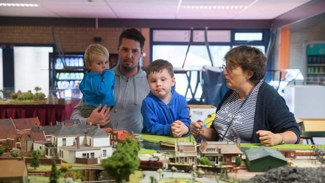 Open dag in Etten-Leur: 'minitreintjes kijken, altijd leuk'