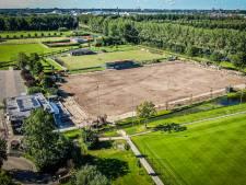 Ruildeal in Alblasserdam: voetbalclub krijgt kunstgras als campers het bijveld mogen 'bewonen'