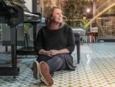 """Hannelore Bedert (36) klimt langzaam uit het dal na verlies van echtgenoot: """"In 2021 hoop ik weer volop goesting in het leven te krijgen"""""""