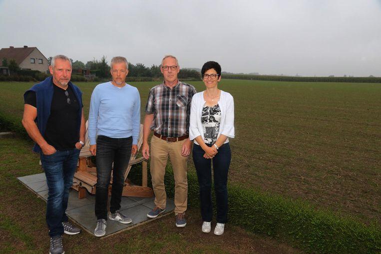Enkele bewoners: Ronny Vermeersch, Franky Vermeulen, Francis Ramboer en Catherine Cottigny.