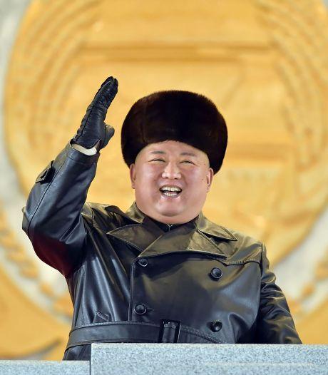 Kim Jong Un envoie un message à Joe Biden lors d'une parade militaire à Pyongyang