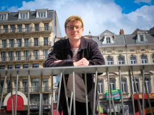 """Leerkracht geschiedenis Martijn (26) was bijna De Mol: """"Op school handtekeningen uitgedeeld en met Lennart gebeld"""""""