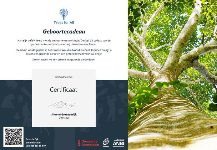 Het geboortecertificaat dat Amsterdammers krijgen die de geboorte van hun kind aangrijpen om een boom te laten planten in De Geelders.