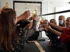 """Geen medaille, wel champagnedouche voor Belgian Lion Nick Celis (32): """"Indrukwekkend hoe hij job als notaris combineert met topbasketbal"""""""