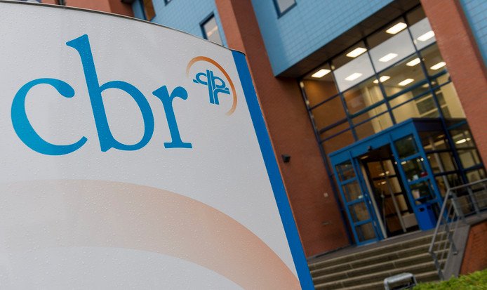 Het CBR is er nog niet in geslaagd de wachttijden voor het rijexamen in Emmeloord terug te dringen.