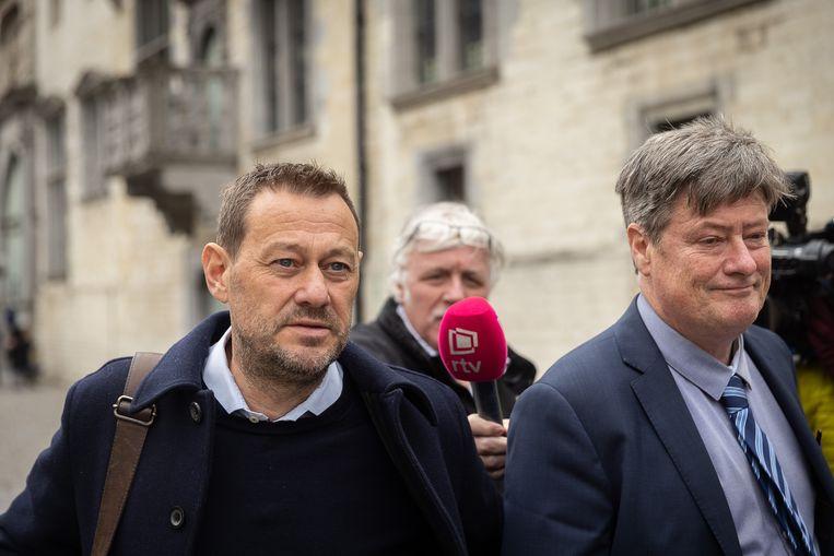 Bart De Pauw (links) en zijn advocaat Michael Verhaeghe Beeld BELGA