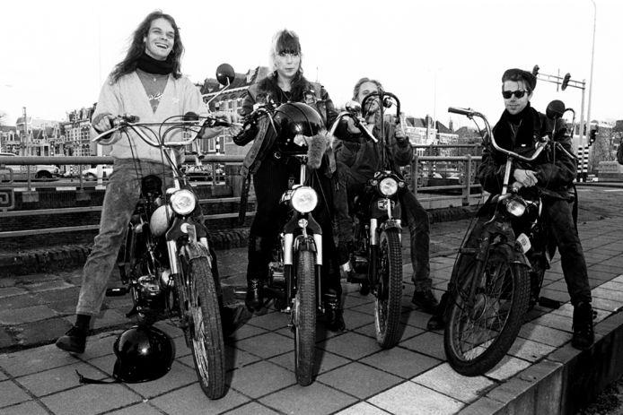V.l.n.r Robert-Jan Bongers, Leontien Druif, Hans Kimmel en Bosz de Kler. Een jongere Puchgeneratie, maar de foto is toch echt van decennia geleden.