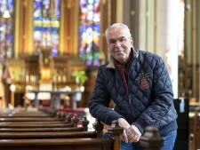 Ben van den Berg vindt al bijna een halve eeuw 'het echte geloof' in de Lambertuskerk