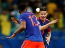 James Rodriguez en Yerry Mina vieren de Colombiaanse winst.