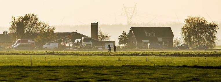 Het bedrijf in Overijssel waar vogelgriep werd aangetroffen. Beeld anp
