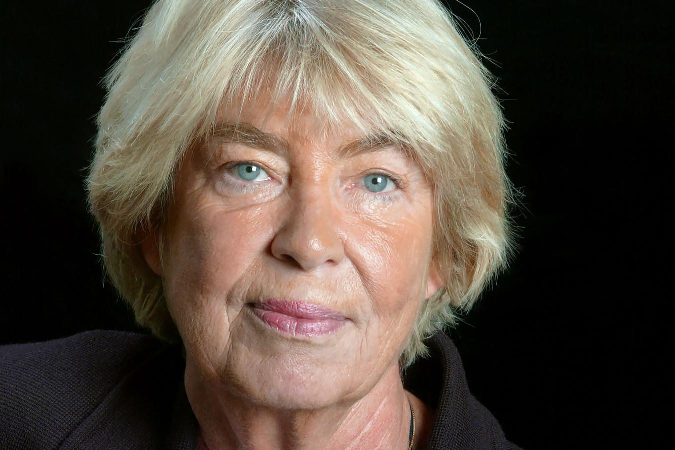 Evelyne Pisier (décédée en 2017), mère de Camille Kouchner et épouse d'Olivier Duhamel