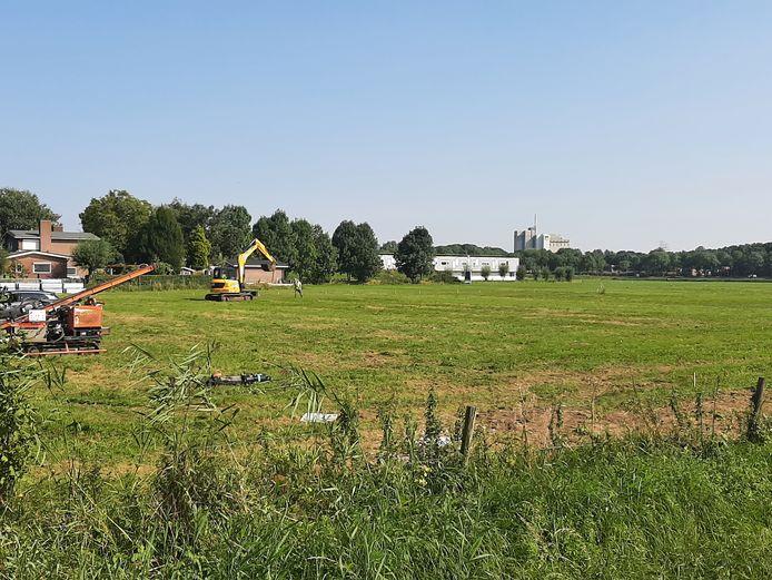De bouw van het zonnepark aan de Haarweg is deze week begonnen.