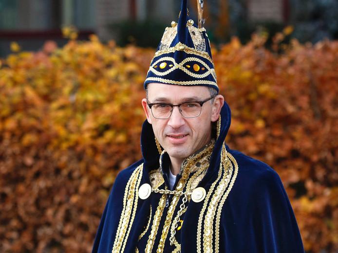 Arjen Klep als Prins Adrijaon II van de Leur.