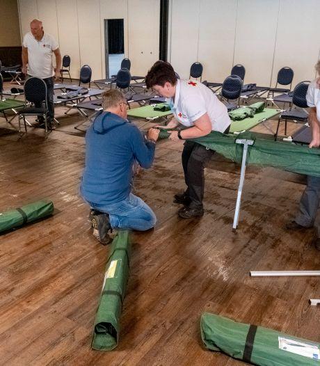 Middelburg biedt bed-bad-brood voor de eerste 100 asielzoekers uit Ter Apel: 'Veldbedden, extra douchecabines en catering zijn geregeld'