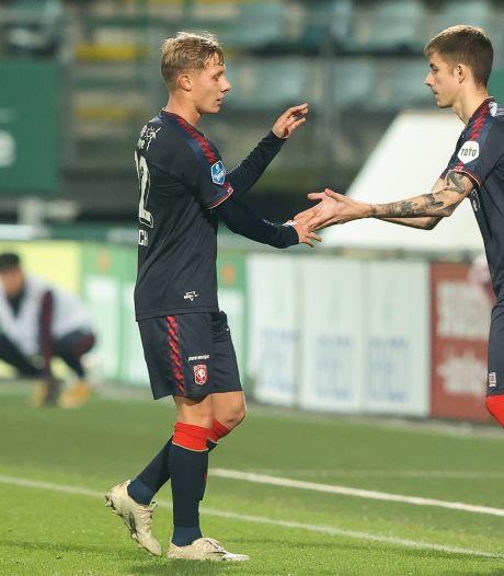 Ook reserves FC Twente veel te sterk voor PEC Zwolle