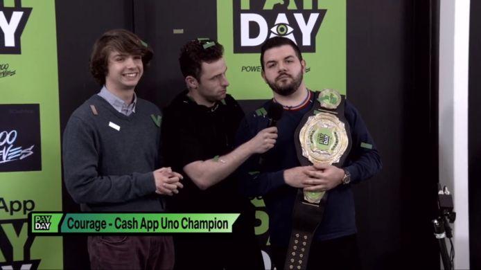 """Jack """"CouRage"""" Junlop won gisteravond 100.000 dollar met een Uno-toernooi. Het spektakel was live te zien op Twitch."""