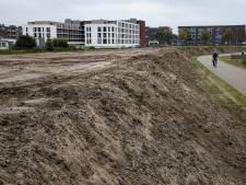 Deel zandwal Goorlooppark-Noord Helmond weer afgevoerd wegens vervuiling