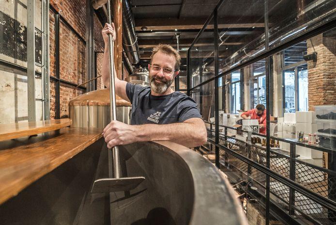 """Delftse Brouwers van John Brus is de beste nieuwe brouwerij van Nederland in 2020. ,,Ik doe dit met passie."""""""