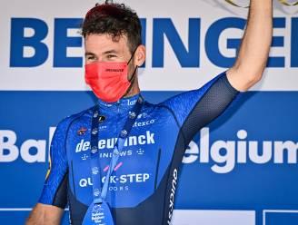 """Cavendish begint dolblij, maar nuchter aan Tour: """"Of ik nog droom van het record van Merckx? Eén rit winnen is al moeilijk"""""""