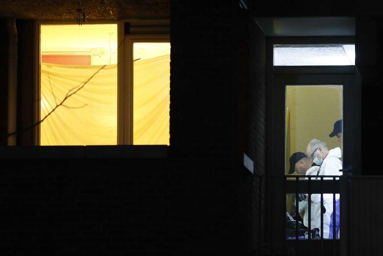 Onderzoek in de woning waar de 37-jarige Gökmen T. is opgepakt. Beeld ANP