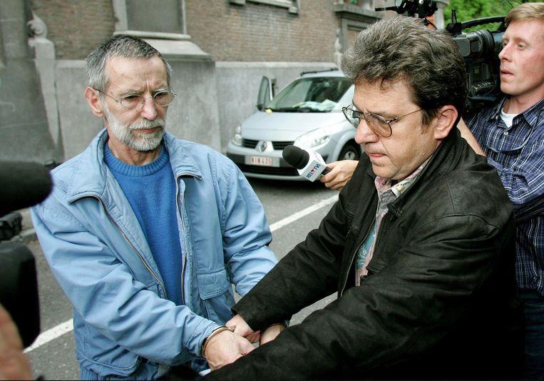 Michel Fourniret (L) in 2004.  Beeld Reuters