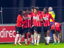 Van Nistelrooy ziet tam Jong PSV na rust van gedaante veranderen en overtuigend winnen van Ajax-beloften