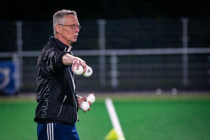 MHC-trainer Michael Engelblik werd in 1994 bondscoach van de hockeysters van Maleisië, in aanloop naar de Commonwealth-games.