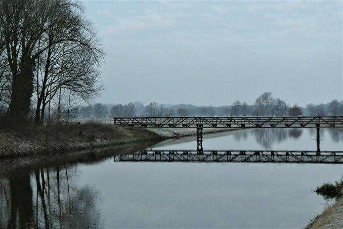 De Piet van der Lee-brug in Sint-Michielsgestel.