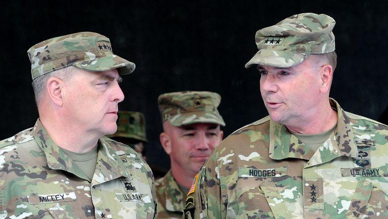 Amerikaanse officieren in Polen tijdens de grootscheepse Navo-oefening Anaconda, die ook al op fikse Russische kritiek mocht rekenen. Beeld AP