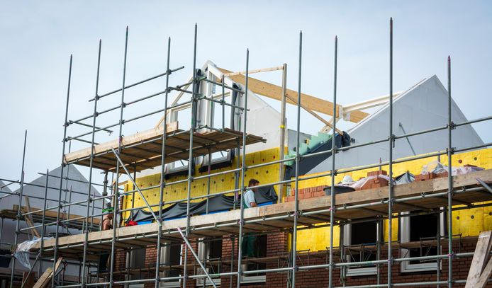 Nieuwbouw in Pijnacker, waar de afgelopen jaren al flink is gebouwd. Met De Scheg verrijst een nieuwe wijk in Pijnacker.