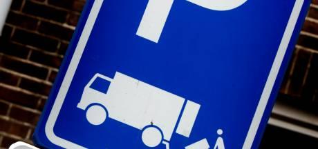 'Doos te klein voor laden en lossen-plek': boete van 109 euro uitgedeeld in Arnhem