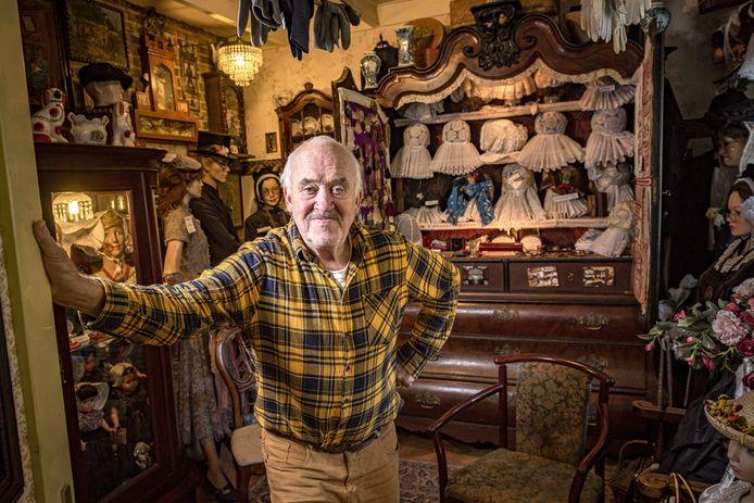 Ton van Lieshout is één van de hoofdpersonages in de docusoapserie Typisch Achterhoek. Een kleurrijk personage met een verzameldrift voor oud speelgoed en klederdracht.