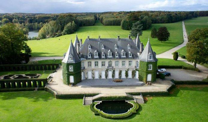 Het kasteel La Hulpe waar het huwelijk wordt voltrokken.