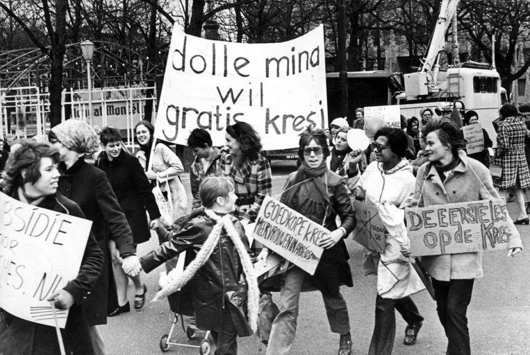Actiegroep Dolle Mina vroeg in 1970 om gratis kinderopvang. Beeld Nationaal Archief/Collectie Spaarnestad