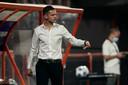 Rogier Meijer coacht NEC tegen FC Volendam.