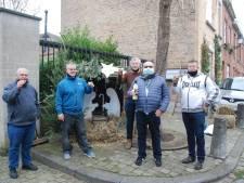 Nostalgische kerststal fleurt Koopmansstraat in Brugge op