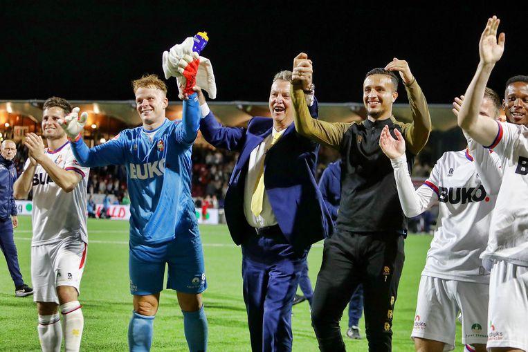 Louis van Gaal na afloop van de wedstrijd van Telstar tegen Jong AZ. Beeld Pro Shots / Vincent de Vries