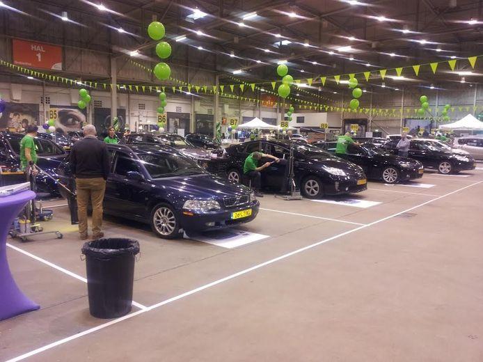 Ongeveer 2500 auto's worden vrijdag en zaterdag bekeken bij de Kleine Deukjes Dag.