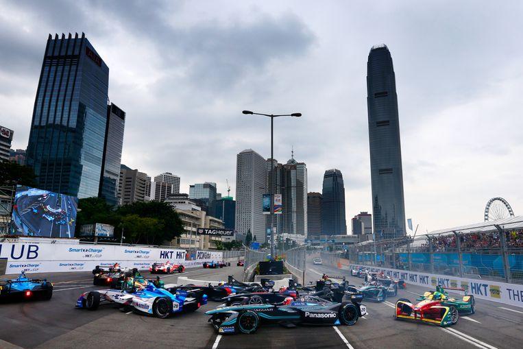 ► Een formule E-race in Hongkong eerder dit jaar. Volgende zomer een gelijkaardig zicht in Koekelberg? Beeld Jaguar Racing via Getty Images
