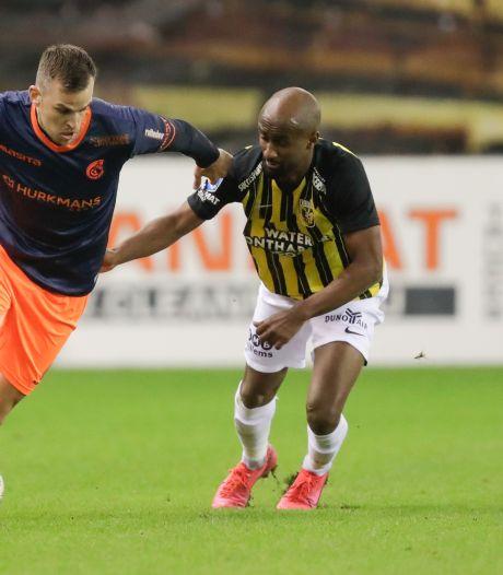 Vitesse niet met 'ideale elf' tegen PEC Zwolle: Eli Dasa test positief op corona