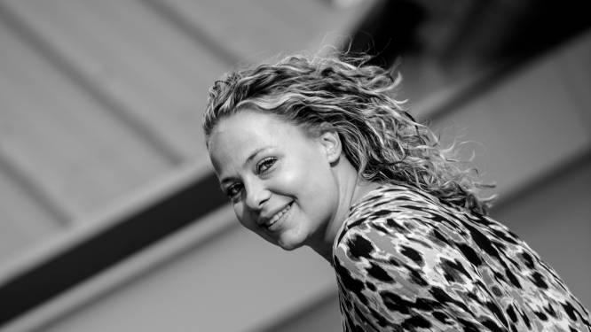 Esmee Rijnders gaat mooi feestje maken van heropening IJzendoorns dorpshuis: 'In vlaggenmast hangt vlag van Liechtenstein'