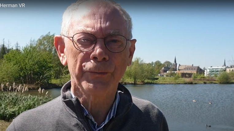 Voor de vijfde verjaardag van de gelovige podcast spreekt Herman Van Rompuy Bijbelteksten in. Beeld YouTube